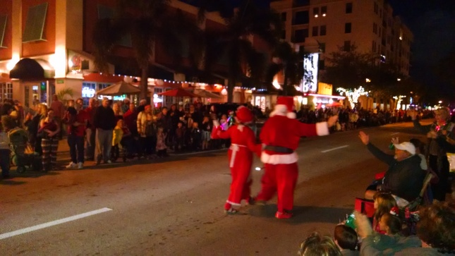 santa and mrs claus christmas parade